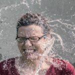 Eine Brillenträgerin