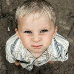Ein Kind